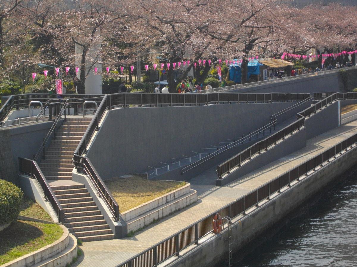 隅田川河川管理用通路補修工事